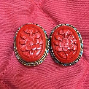 Jewelry - Vintage cinnabar sterling clip earrings
